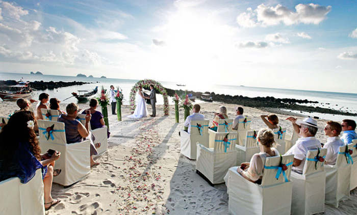 Свадьба на пляже Таиланда