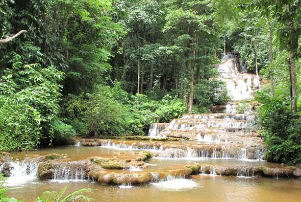 Водопад Па Чароен