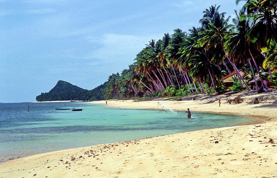 Пляж Банг По (Bang Por)