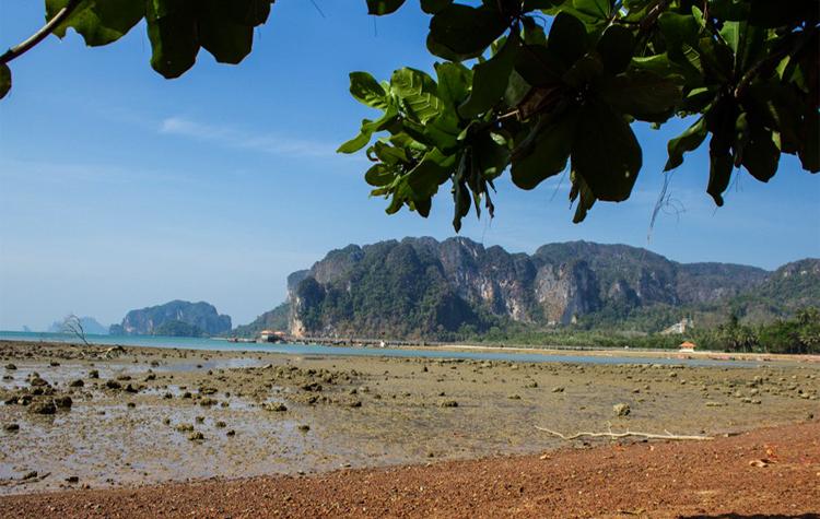 Пляж Ао Намао